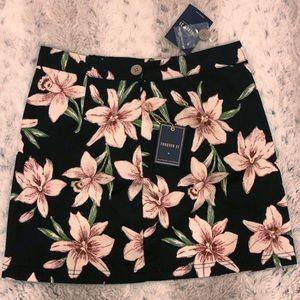 Orchid flower skirt. Forever 21